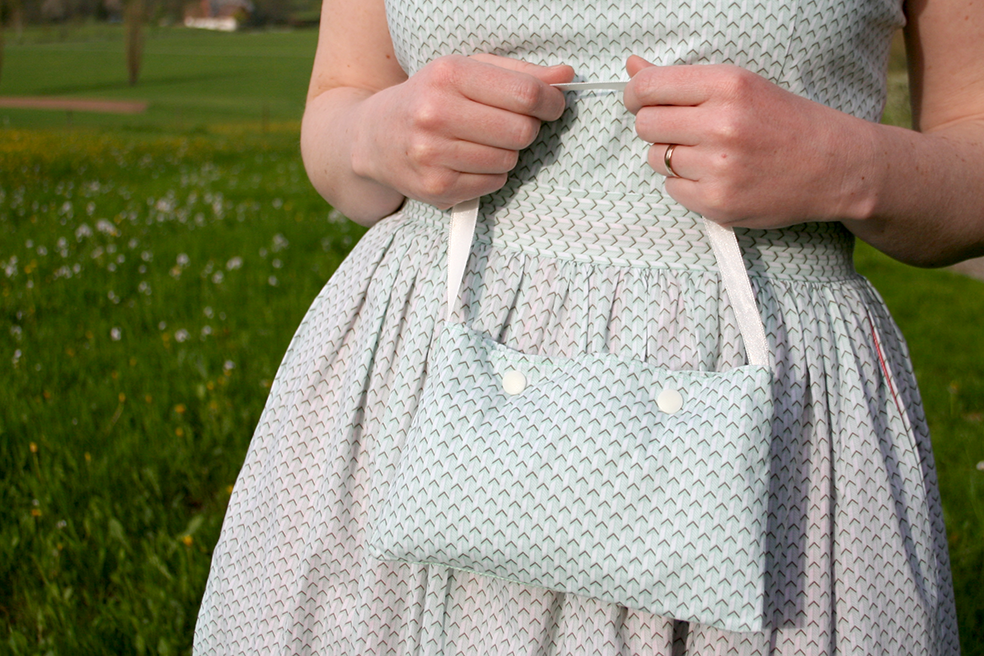 Tasche zum Cambie Dress